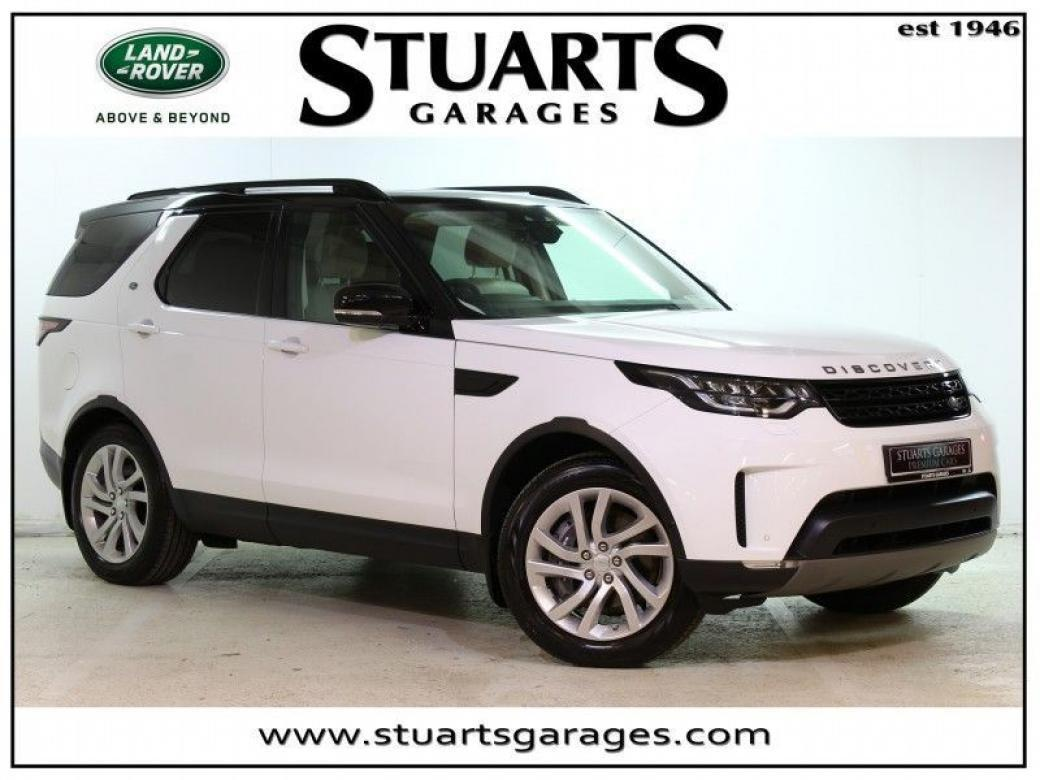 Image for 2019 Land Rover Discovery 3.0 SDV6 SE ** STUNNING CAR IN FUJI WHITE - INCLUDES SLIDING PANORAMIC ROOF, ACORN LEATHER, PRIVACY GLASS, 7 SEATS, TFT SCREEN **