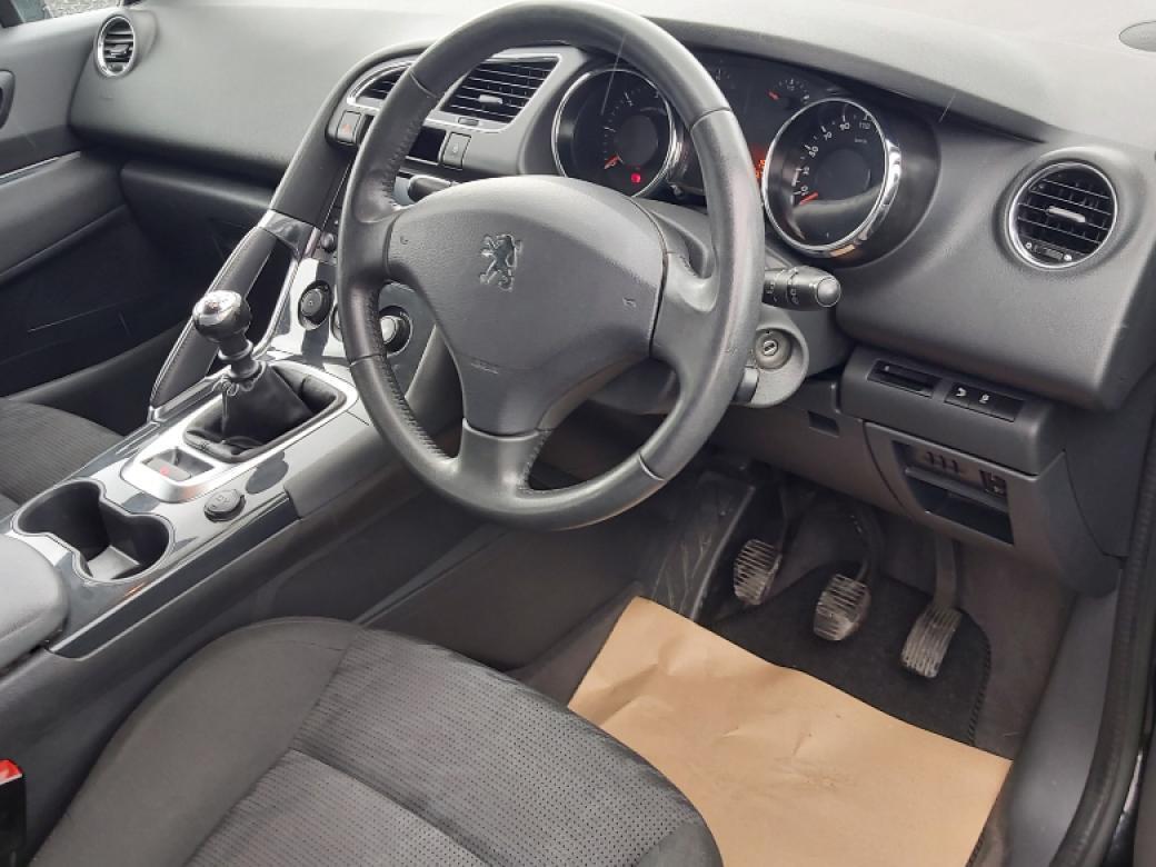 2013 Peugeot 3008