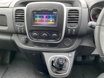 2020 Nissan NV300