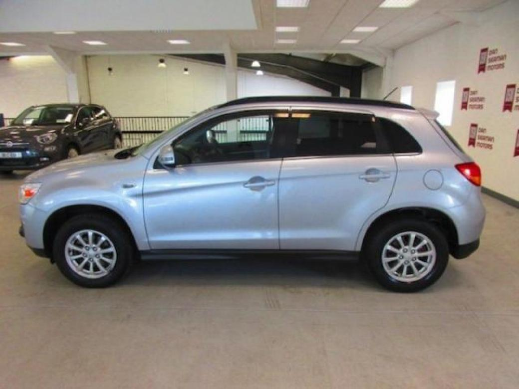 Image for 2014 Mitsubishi ASX Alloys-sensors-cruise-bluetooth-a/c-low KM