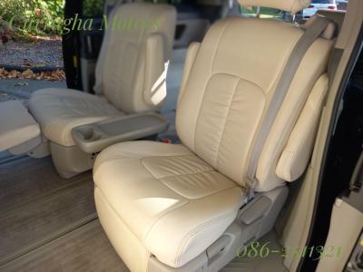 2010 Toyota Estima
