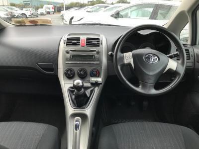 2009 Toyota Auris