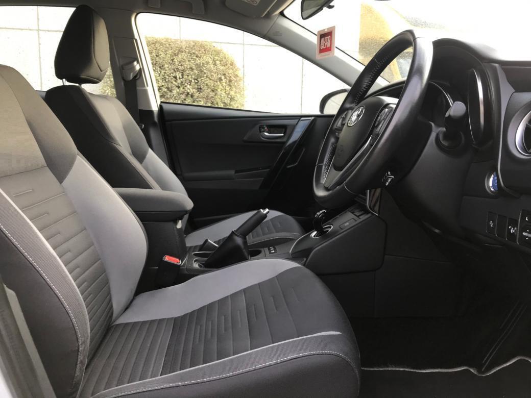 2018 Toyota Auris