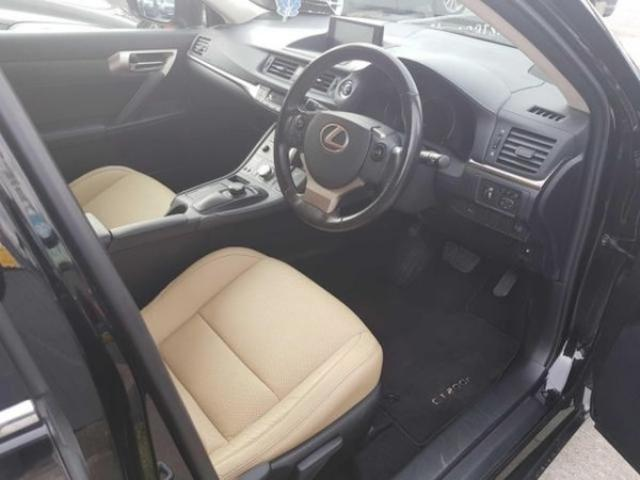 Image for 2016 Lexus CT 200h cream Leather Interior Advan