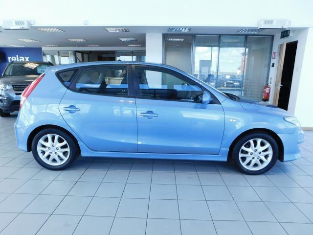Image for 2011 Hyundai i30 1.6 CRDi HATCHBACK - CALL US TODAY ON 01 492 6566 OR 087-092 5525