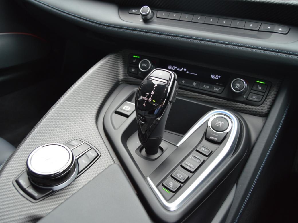 2020 BMW i8