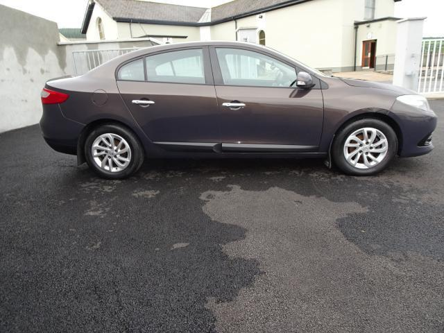 Image for 2014 Renault Fluence Dynamique 1.5 DCI 95 2 4DR €122.00 Monthly