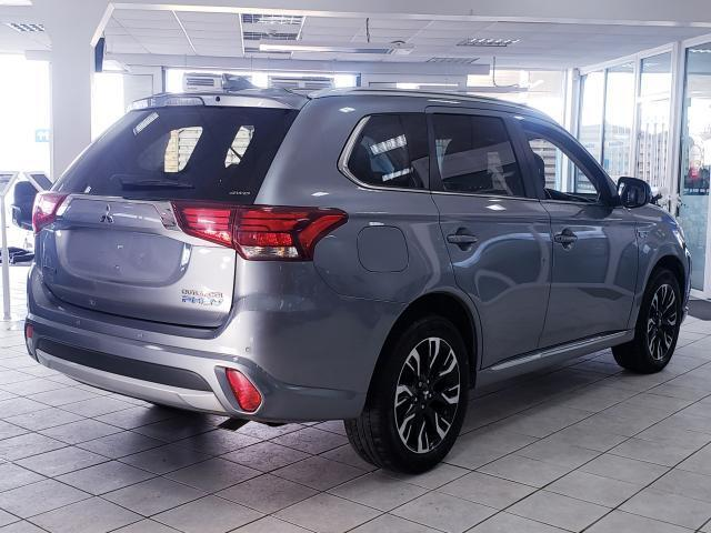 Image for 2017 Mitsubishi Outlander 2.0 PHEV GX3H+ 4WD HYBRID AUTOMATIC MODEL // FULL LEATHER INTERIOR // HEATED SEATS // FINANCE THIS CAR FOR ONLY €76 PER WEEK