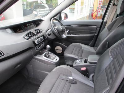 2015 Renault Scenic