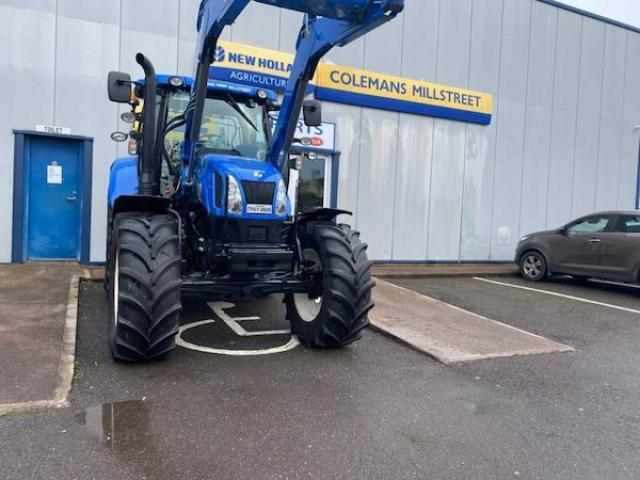 2017 New Holland T6155