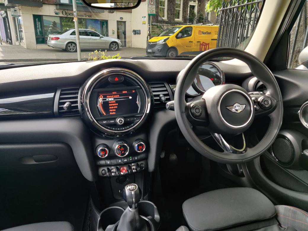 2017 Mini Cooper