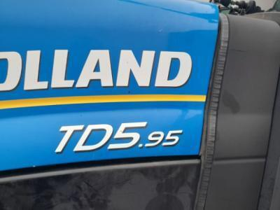 2013 New Holland T5