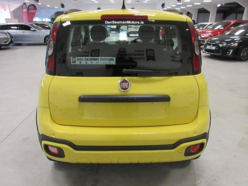 Image for 2020 Fiat Panda Waze 1.2 pet a/c-alloys-bluetooth-mp3-sat NAV Link-up-limited Edition