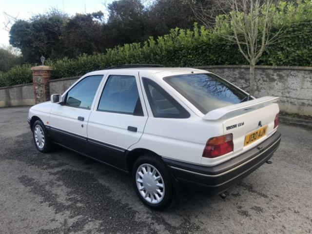Image for 1992 Ford Escort 1992 (j) Ford Escort 1.4 (70bhp) LX Hatchback 5d only 60, 000 miles 1 owner !