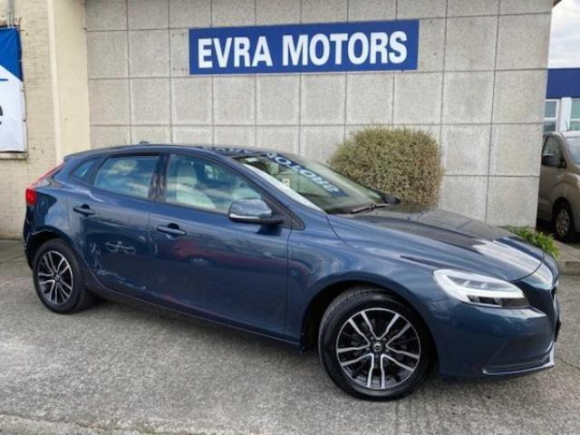 Image for 2018 Volvo V40 2.0 D2 Momentum Edition 5DR