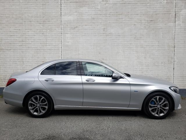 Image for 2017 Mercedes-Benz C Class C350E 2.0 SPORT HYBRID 279BHP MODEL // FULL LEATHER // HEATED SEATS // SAT NAV // REVERSE CAMERA // FINANCE THIS CAR FOR ONLY €85 PER WEEK