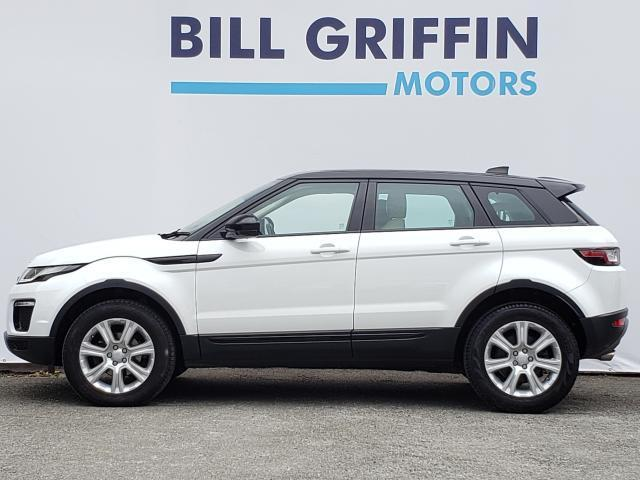 Image for 2017 Land Rover Range Rover Evoque 2.0 eD4 SE TECH 150BHP MODEL // FULL SERVICE HISTORY // SAT NAV // BLUETOOTH // FINANCE THIS CAR FOR ONLY €114 PER WEEK